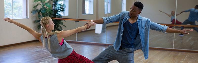 Voir les activités de la programmation adulte - Danse - Centre Multi Loisirs Sherbrooke